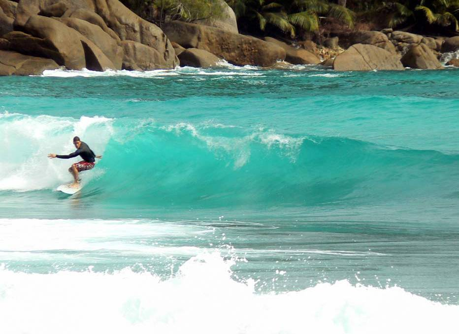 Surfing in Mahe